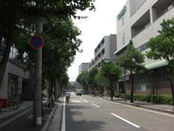 武庫之荘南側のスーパー