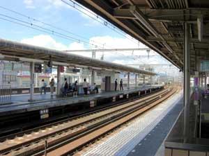 阪急園田駅のプラットホーム